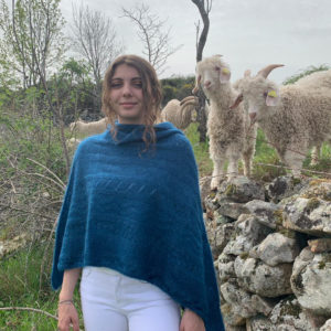 Boutique Mohair Tricot Machine Poncho Bleu Hollandais